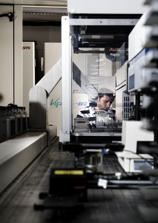 Auf der Suche nach verbesserten Enzymen und Biokatalysatoren für industrielle Anwendungen: Automatisierte Ablage und Screening von optimiert